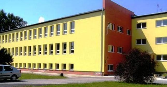 http://www.spozscaklov.edu.sk/gallery/index.htm