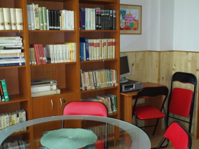 ZŠ - Školská 3 - knižnica